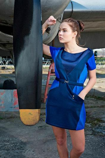 Youngprimitive Barbarella modré dámské šaty