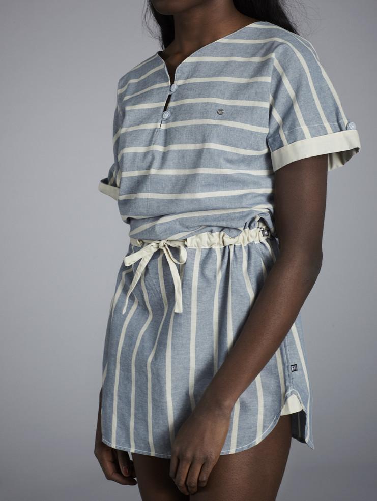 Makia dámské pruhované světle modré šaty