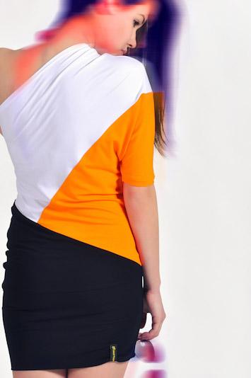 Pattern dámské pruhované letní šaty oranžové bílé černé