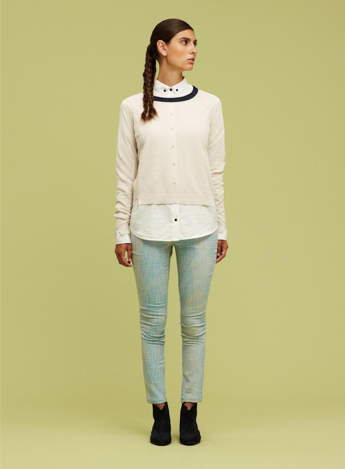Libertine Libertine dámský svetřík bílý, dámská bílá košile, dámské kalhoty hadí motiv