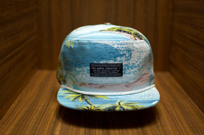 The Ampal Creative kšiltovka havajský motiv