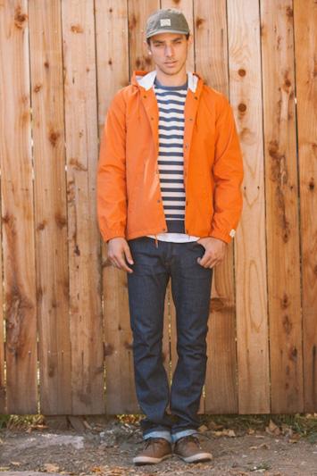 Obey pánská oranžová bunda, pánské modré kalhoty