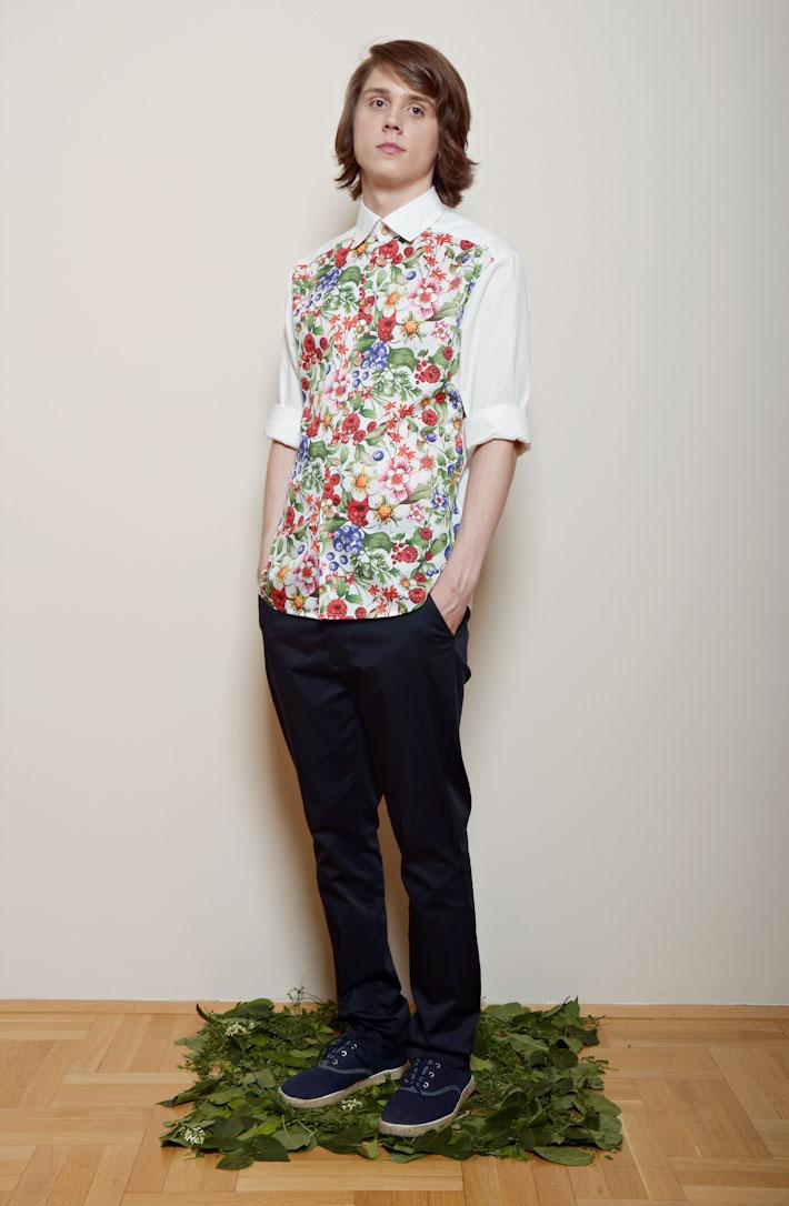 Kele – pánská květinová košile bílá, pánské modré kalhoty
