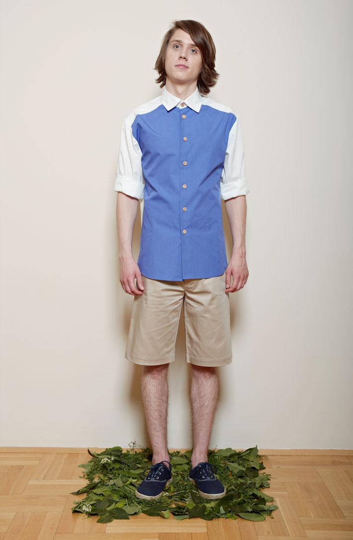 Kele – pánská modrobílá košile, písková šortky