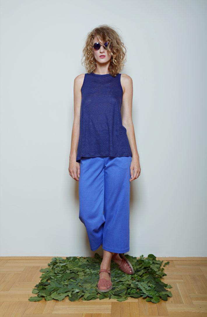 Kele dámské modré tílko, modré tříčtvrteční kalhoty
