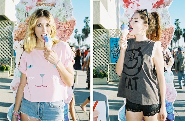 Lazy Oaf růžové ašedé dámské tričko spotiskem