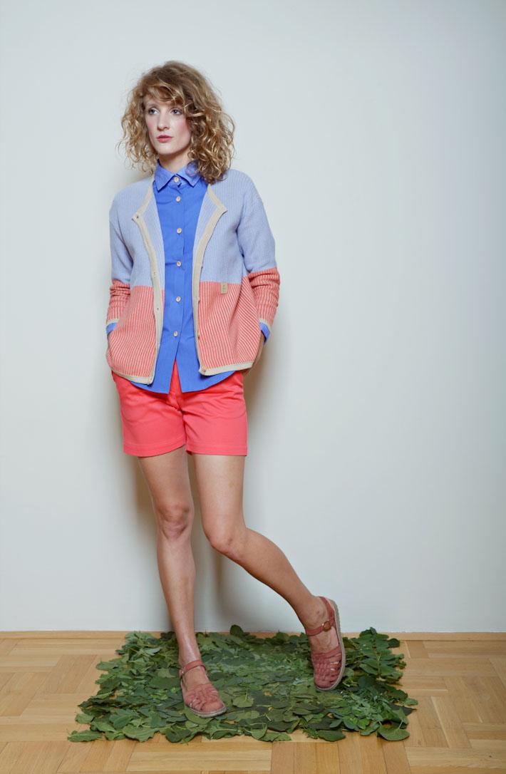 Kele dámský svetřík modro oranžový, modrá košile, oranžovo růžové šortky