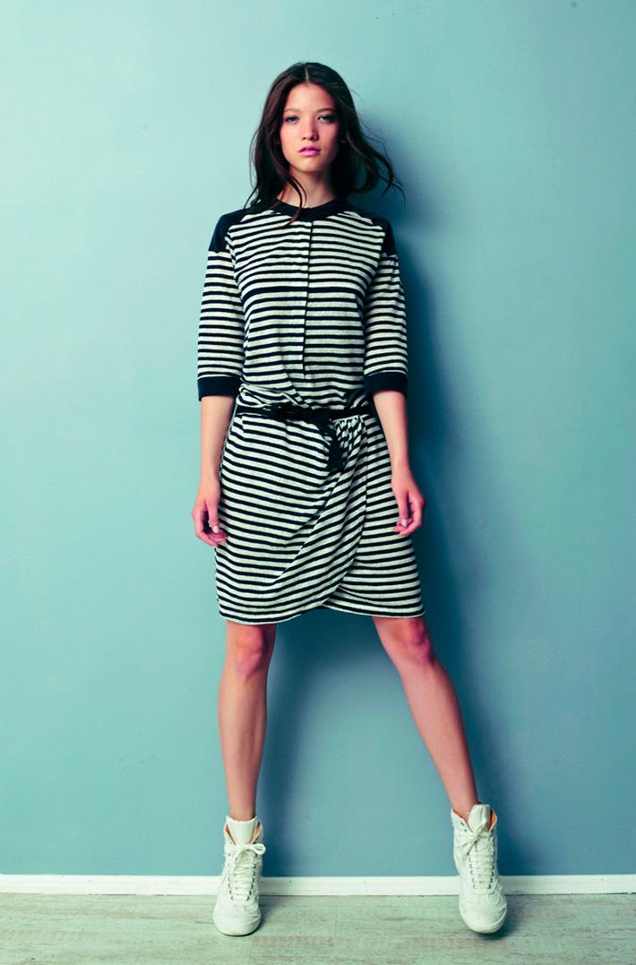 Asli Filinta dámské pruhované letní originální šaty