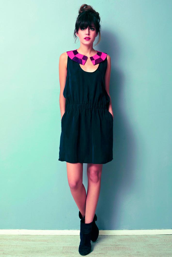 Asli Filinta dámské černé letní originální šaty skárovaným límečkem