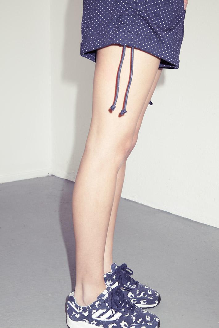 adidas Originals Blue Collection S/S 2013 — modré tenisky adidas, modré dámské šortky