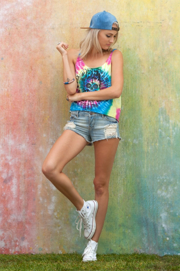 Obey dámské barevné tílko, jeansové šortky