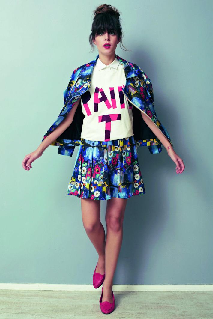Asli Filinta dámská květinová sukně, bílá košile, květinová bunda-sáčko