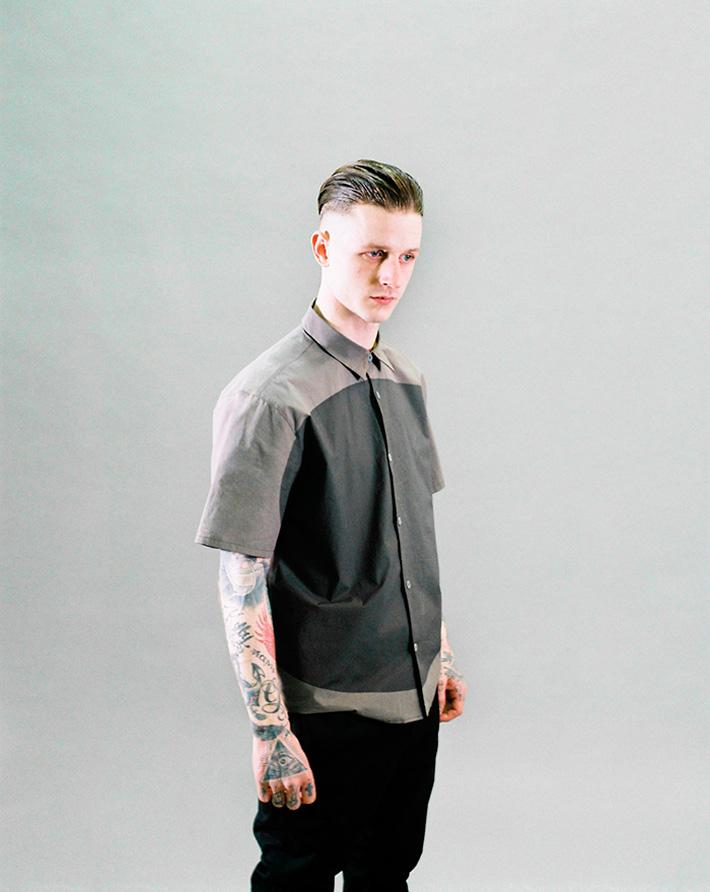 Asos Black X Puma pánská šedá košile skolečkem, pánské černé kalhoty