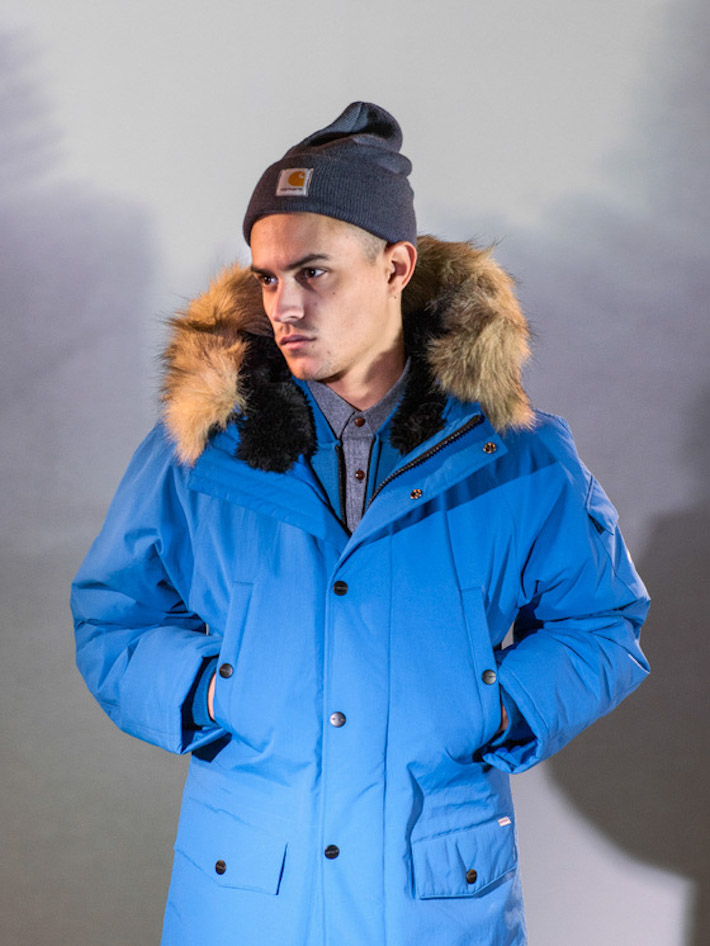 Carhart WIP pánská modrá zimní bunda skapucí skožíčkem
