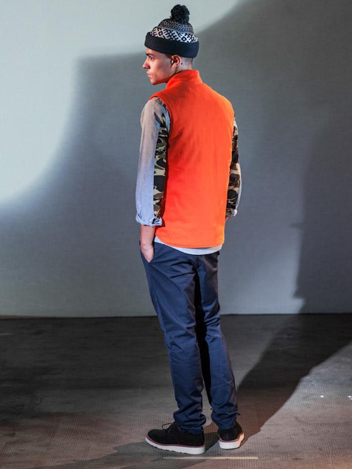 Carhart WIP pánská oranžová vesta, modré kalhoty