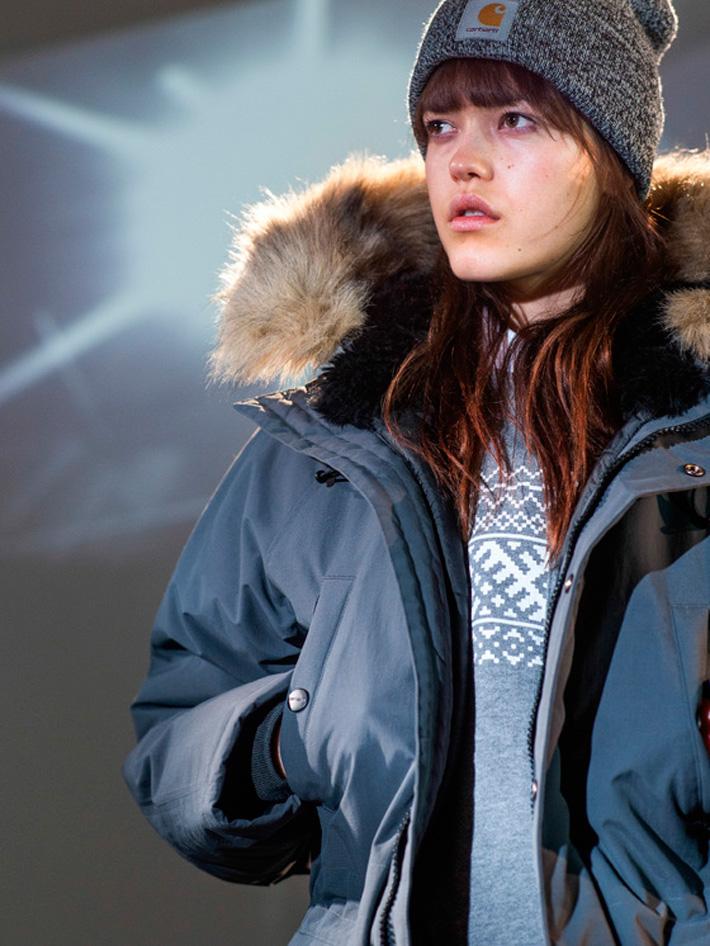 Carhart WIP, dámská modrá zimní bunda skapucí akožíškem