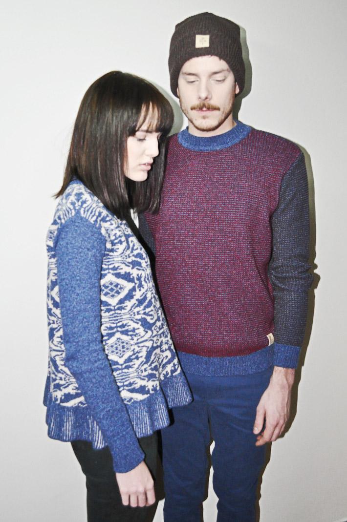 Kele dámský pletený svetr bledě modrý se vzorem