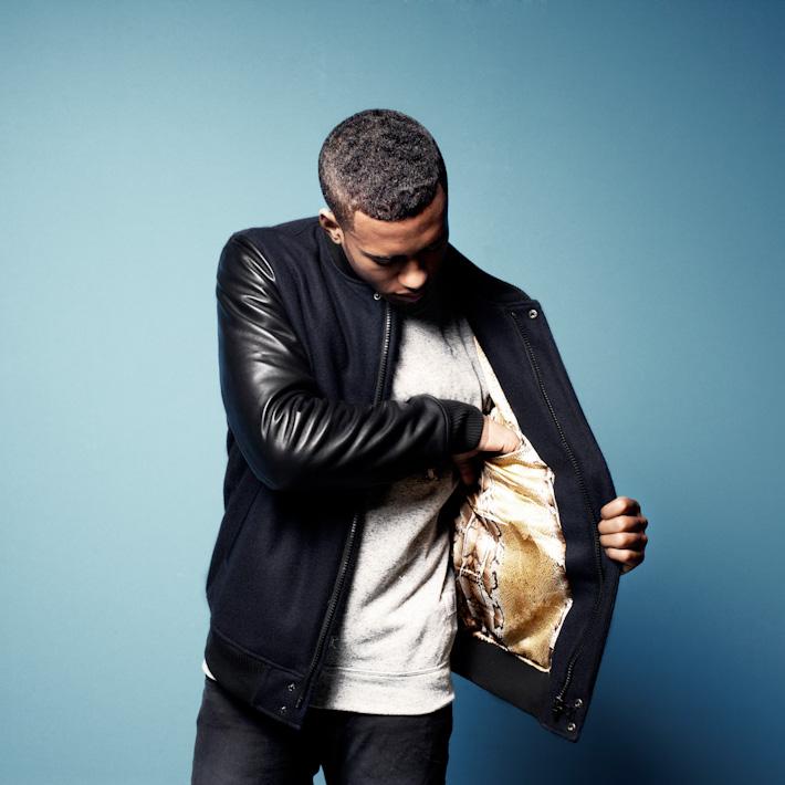 Daily Paper pánská modrá bunda skoženými černými rukávy