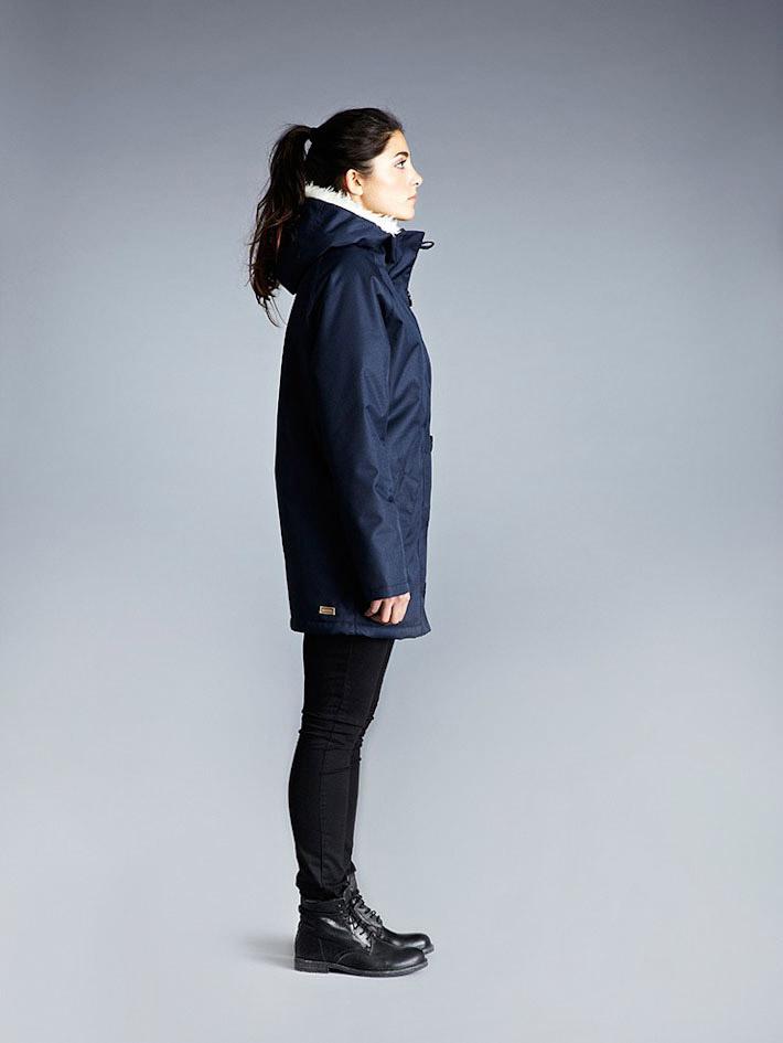 Makia dámský modrý zimní kabát skapucí askožešinou