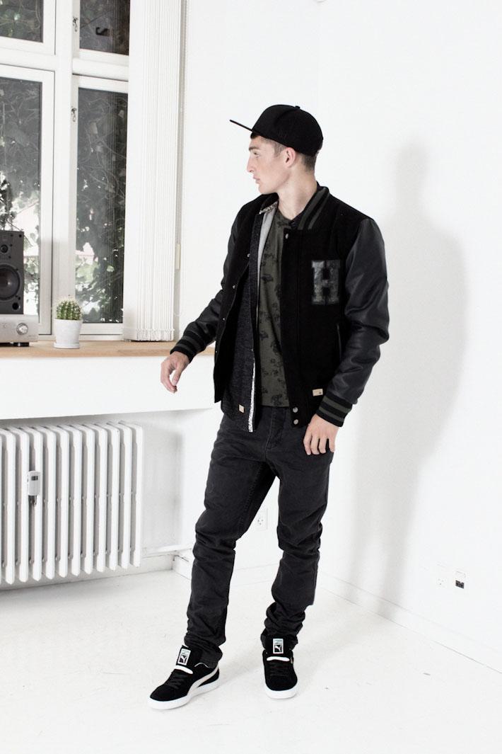 Humör pánská podzimní bunda černá, černé jeansy