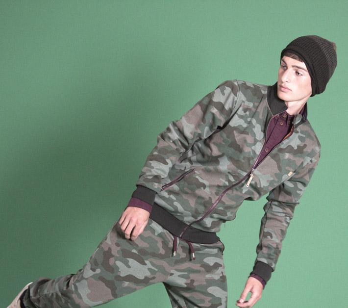Humör maskáčová mikina na zip, teplákové kalhoty maskáčové