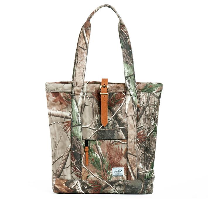 Herschel Supply Market Realtree, Herschel batoh, nákupní taška smotivem listí