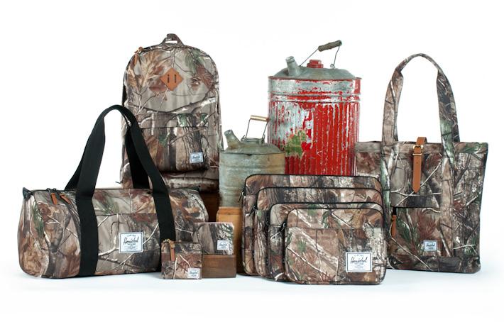 Herschel Supply batohy, peněženky, tašky, kolekce Realtree