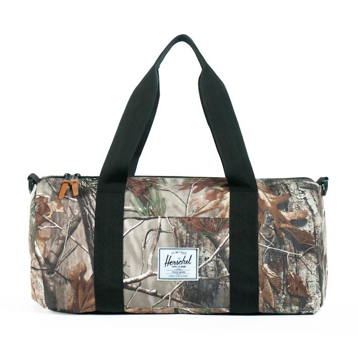 Herschel Supply Sutton Mid Realtree, Herschel batoh, příruční taška smotivem listí