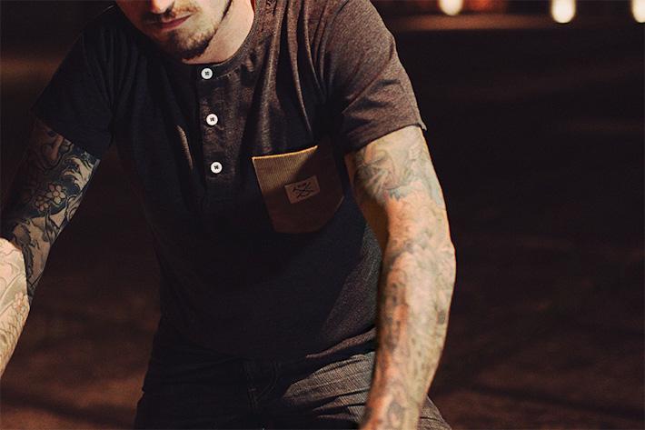 Olow pánské tričko sknofličky ukrku