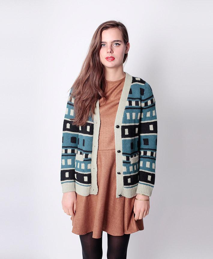 Dusen Dusen dámský pletený svetřík sknoflíky, hnědé šaty