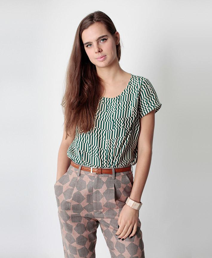 Dusen Dusen dámské kalhoty, geometrický vzor, dámská halenka