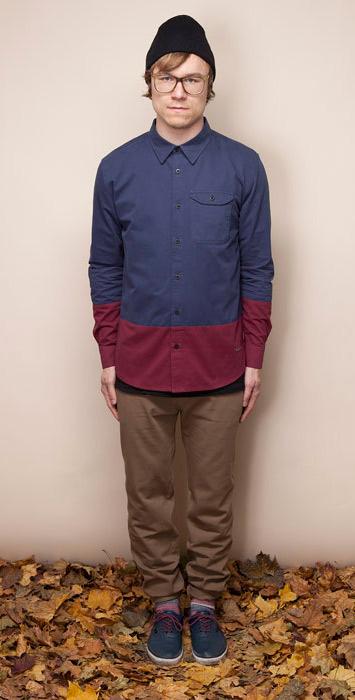 Ucon Acrobatics pánská bordó košile se vzorem, dlouhý rukáv, béžové kalhoty