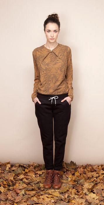 Ucon Acrobatics dámské tričko se vzorem, černé kalhoty