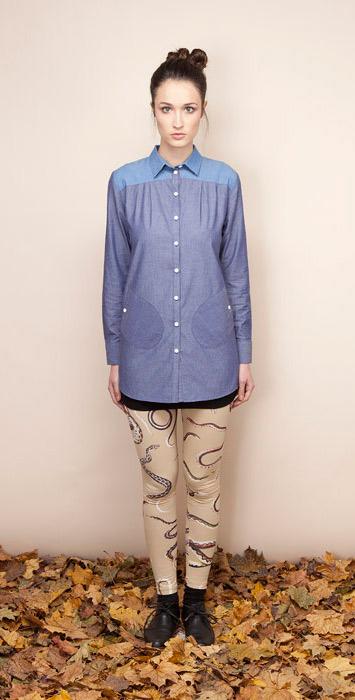 Ucon Acrobatics dámská modrá košile, legíny hadí vzor