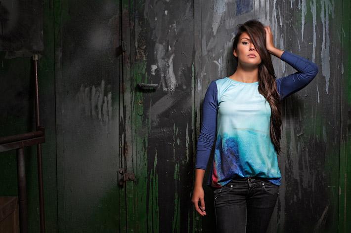 Youngprimitive dámské modré tričko