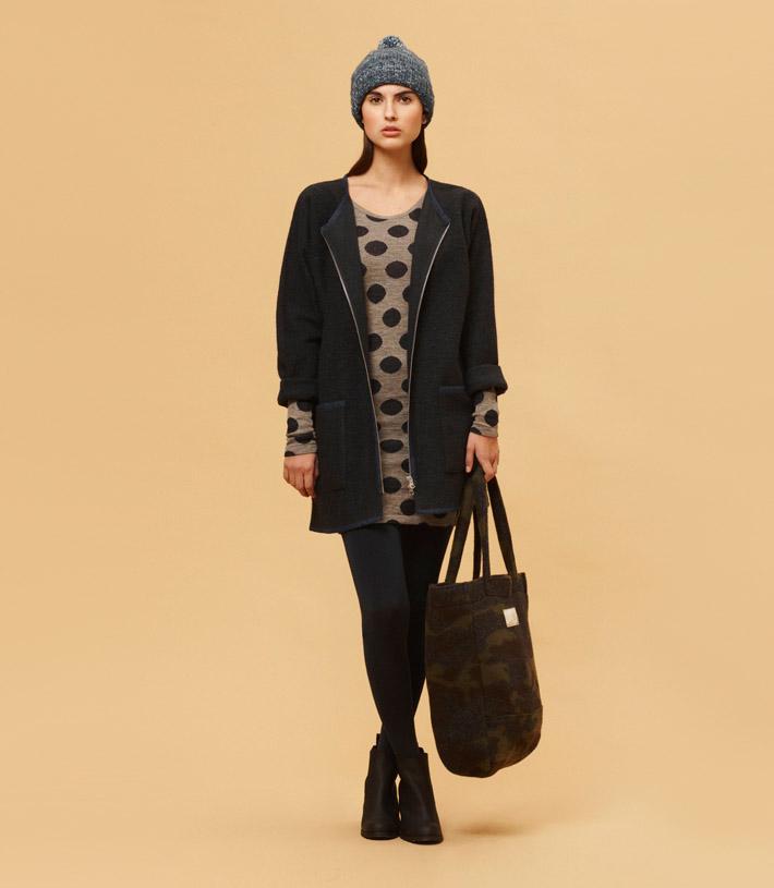 Libertine Libertine dámský černý kabát, puntíkové dlouhé tričko