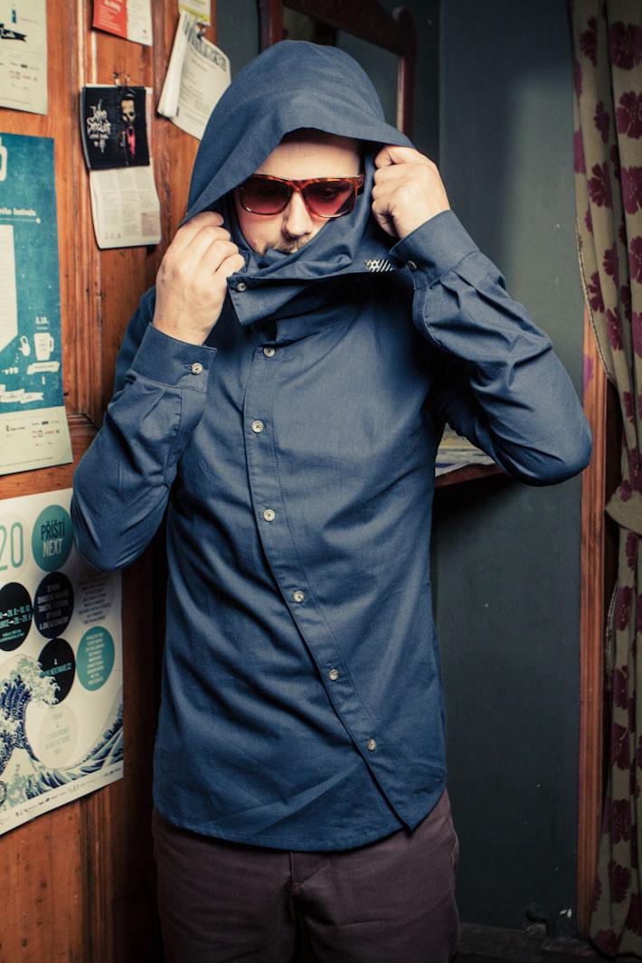 Pattern modrá pánská košile skapucí