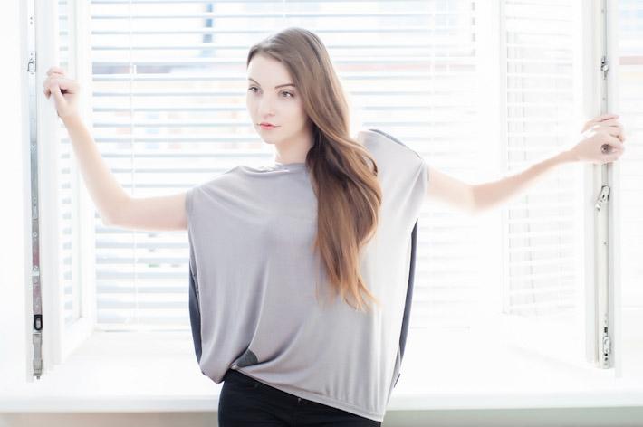 Youngprimitive šedé tričko Bubble, dámské