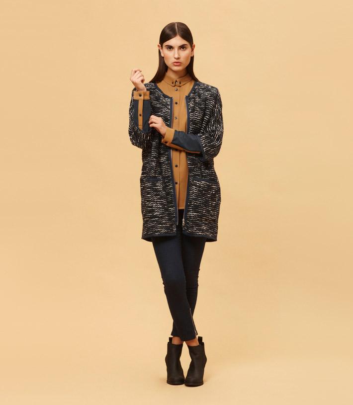 Libertine Libertine dámský vzorovaný kabát na zip, hnědá košile, černé uplé kalhoty