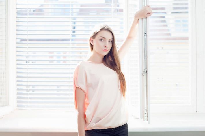 Youngprimitive lososové tričko Bubble, dámské