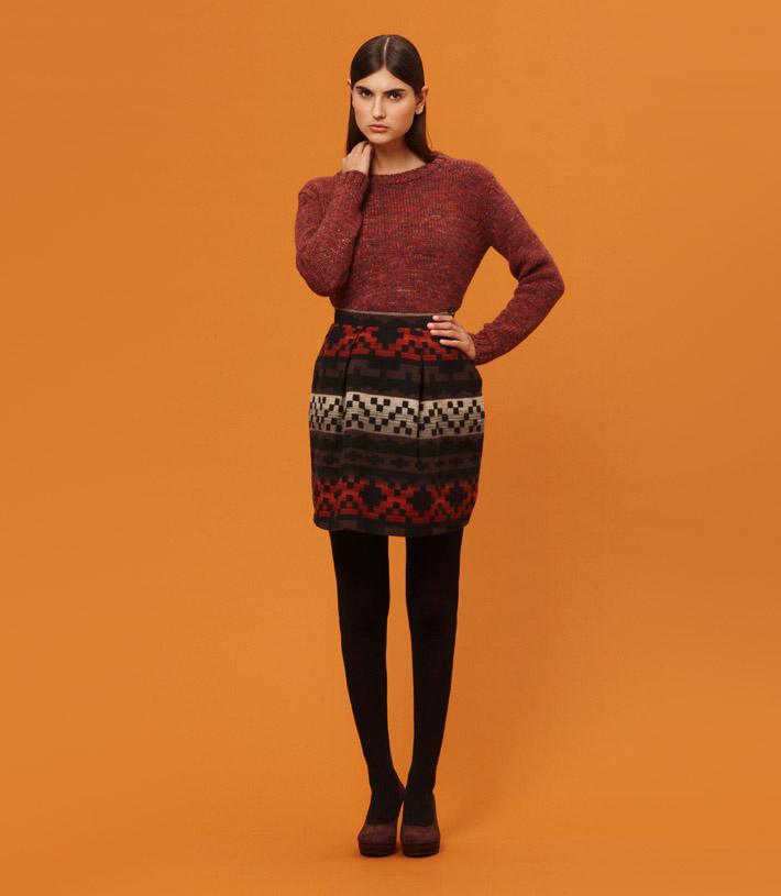 Libertine Libertine dámská teplá sukně se vzorem, červený pletený svetr