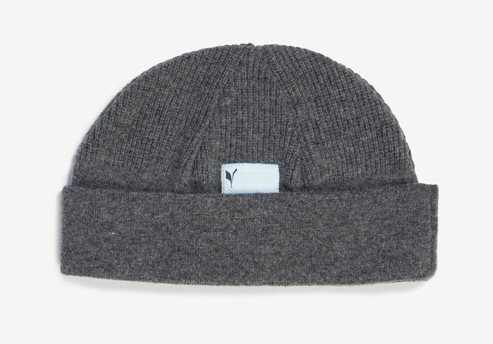 Frisur pletená čepice