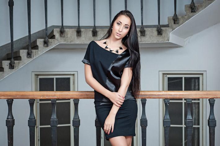 Youngprimitive černé šaty