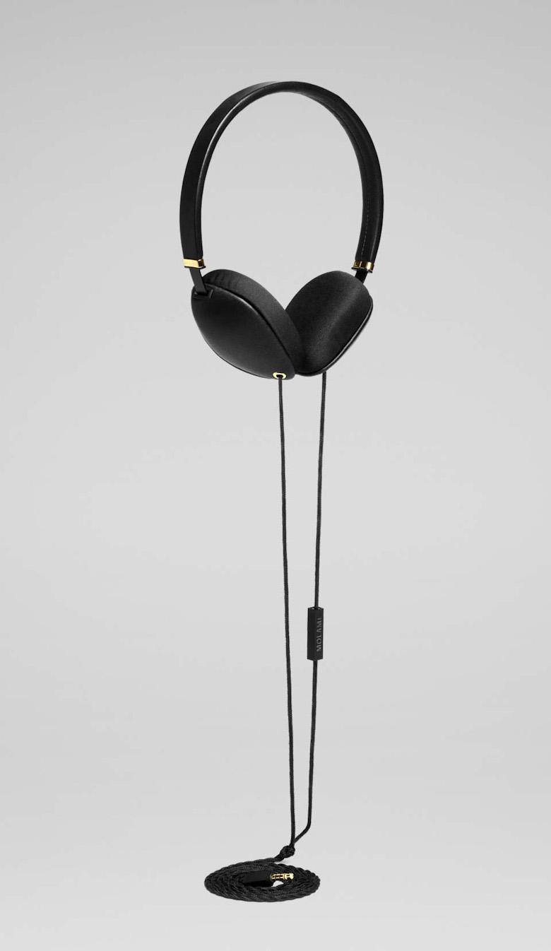 Designová sluchátka Molami Plica, černá