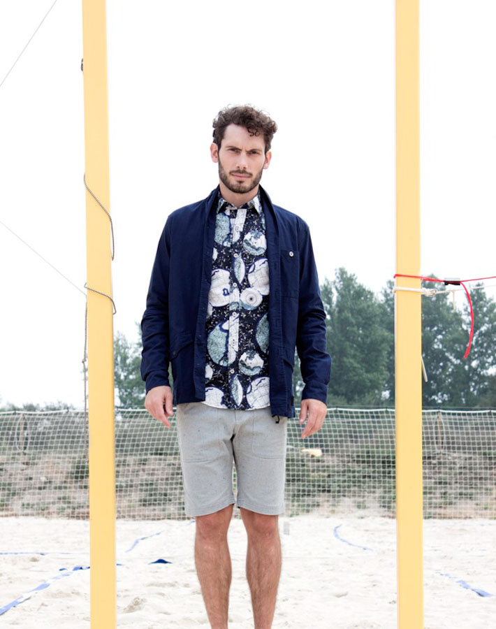 Anerkjendt – jarní bunda modrá – pánská, košile se vzorem, šortky