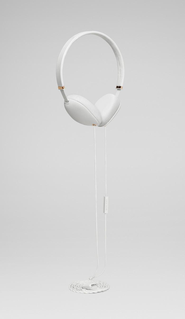 Originální sluchátka Molami Plica, bílá