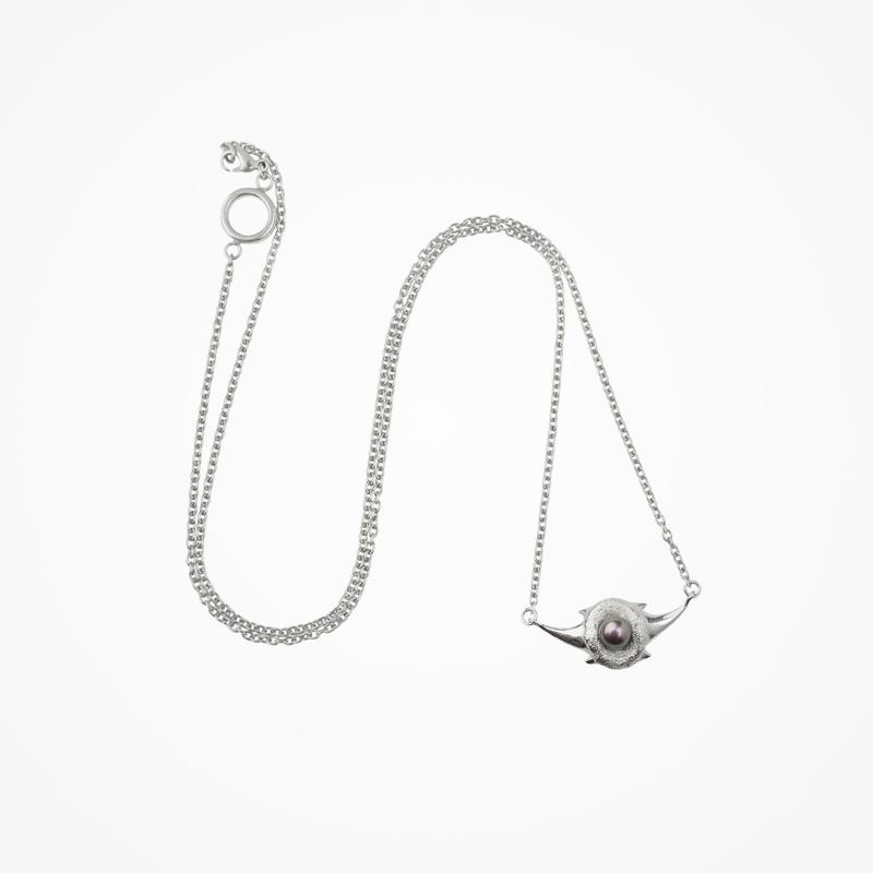 Antipearle – stříbrný náhrdelník sperlou