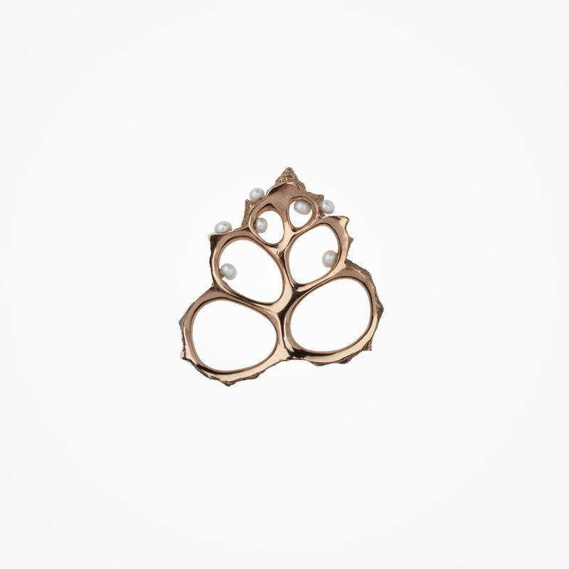 Antipearle – prsten ze stříbra sperlami, pozlacený