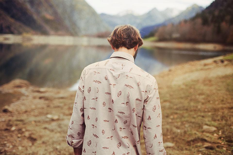 Olow – francouzská móda pánská košile, vzor ryby