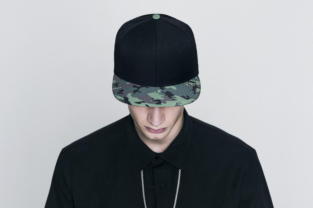 Tubelaces x Sûr černá kšiltovka snapback, maskášový rovný kšilt